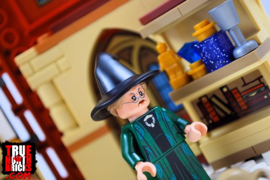 Professor McGonagall from Transfiguration Class (76382)