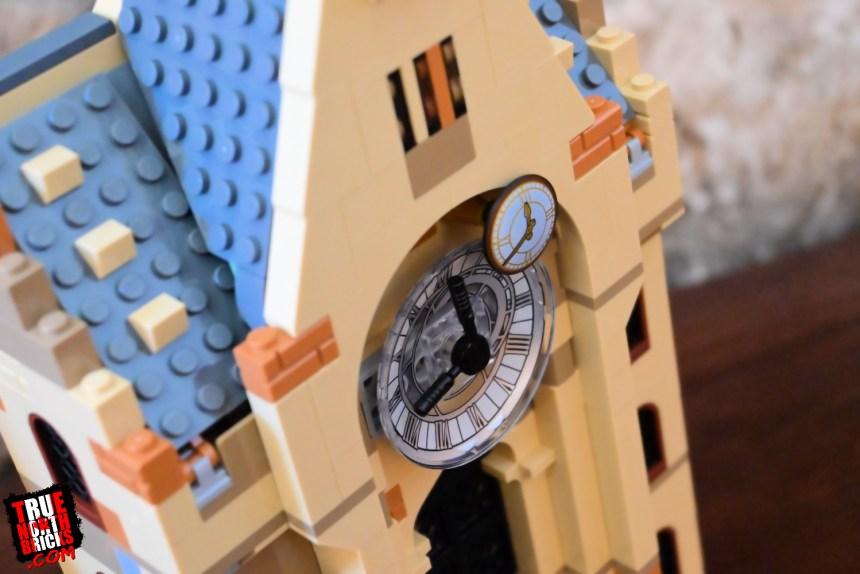 Hogwarts Clock Tower (75948) clock.
