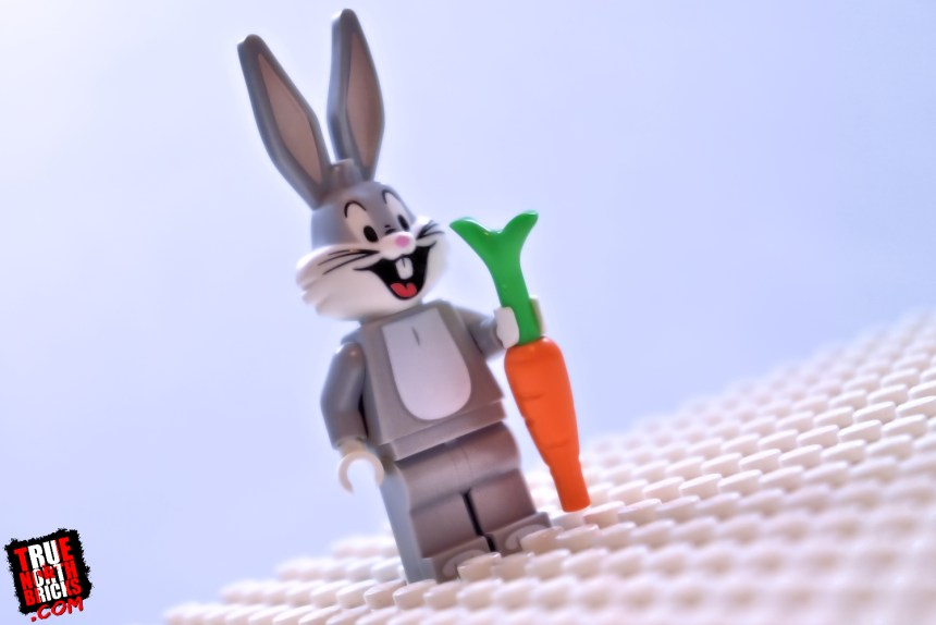 Looney Tunes Minifigures Review: Bugs Bunny