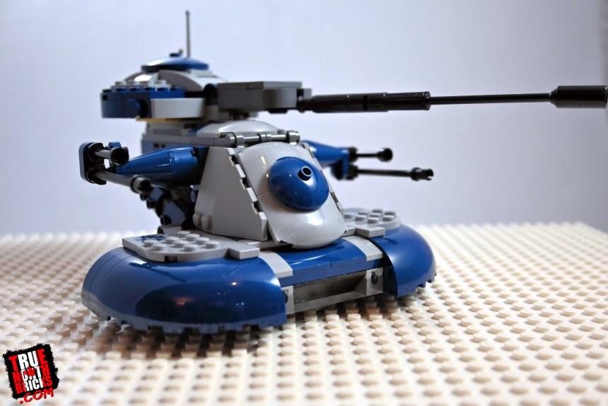 Armored Assault Tank (75283)