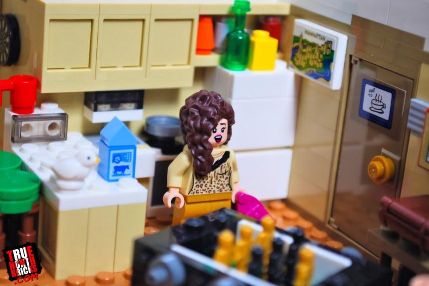 Friends Apartments (10292): the boys' kitchen