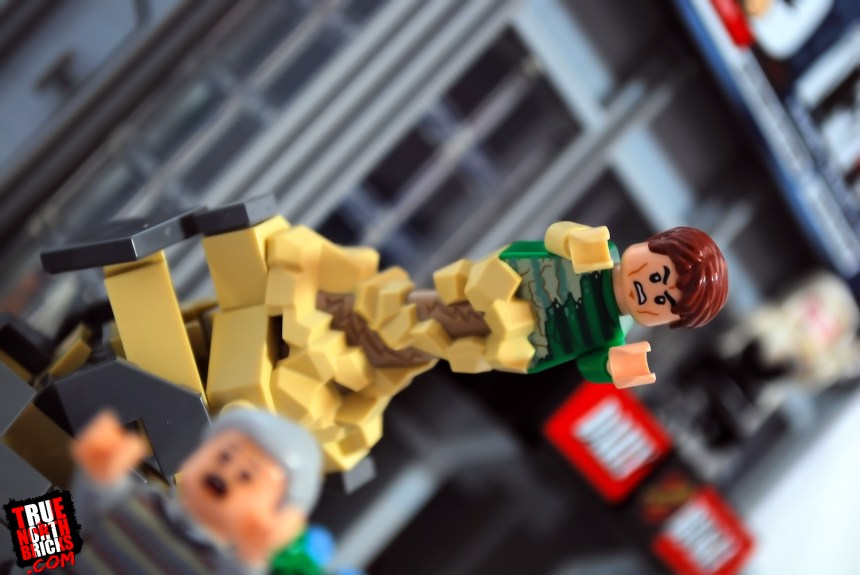 Sandman attacks in the LEGO Daily Bugle (76178) set.