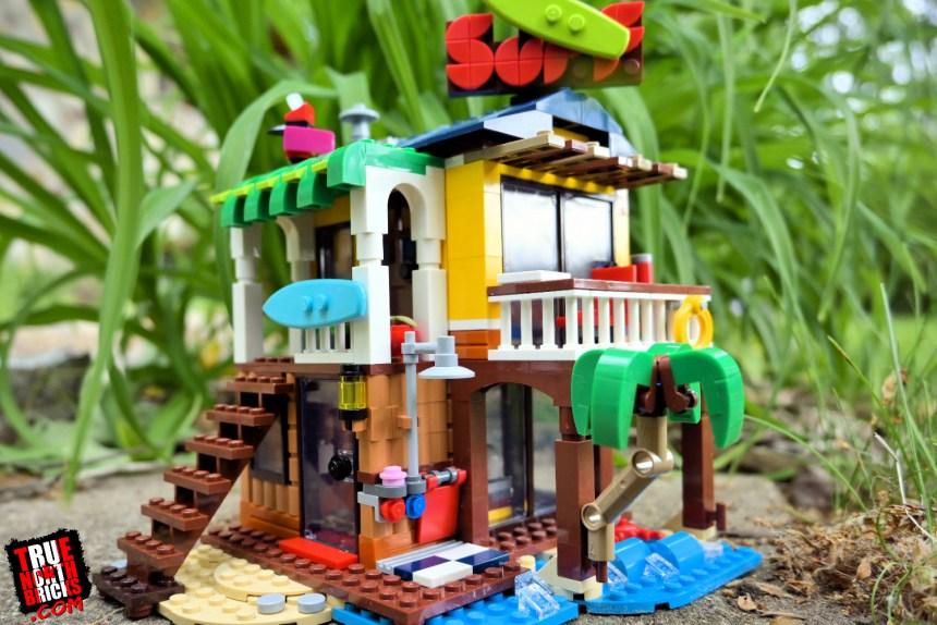 Surfer Beach House (31118)