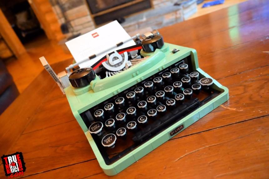 LEGO® Ideas Typewriter (21327)