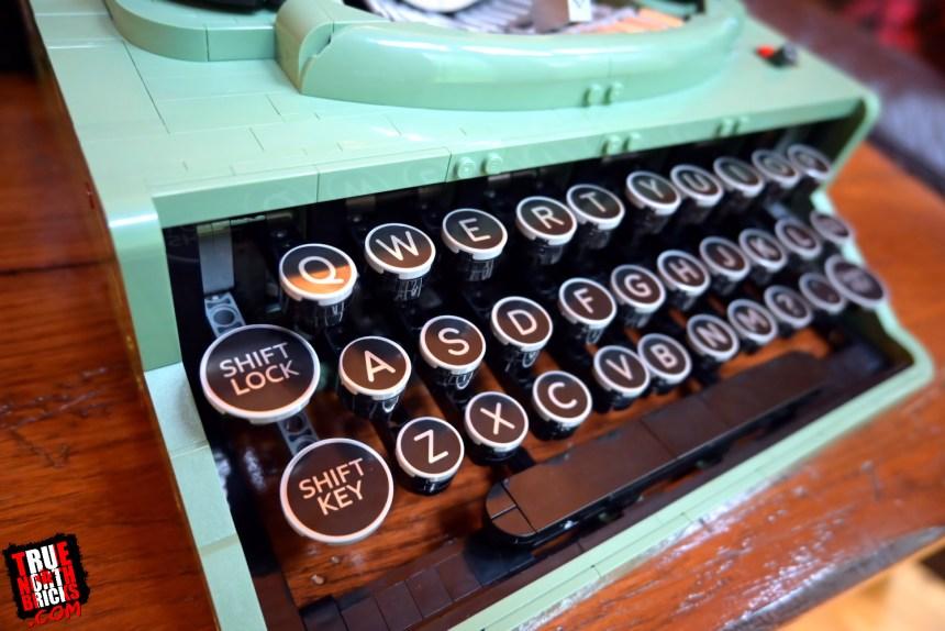 LEGO® Ideas Typewriter (21327) keys.