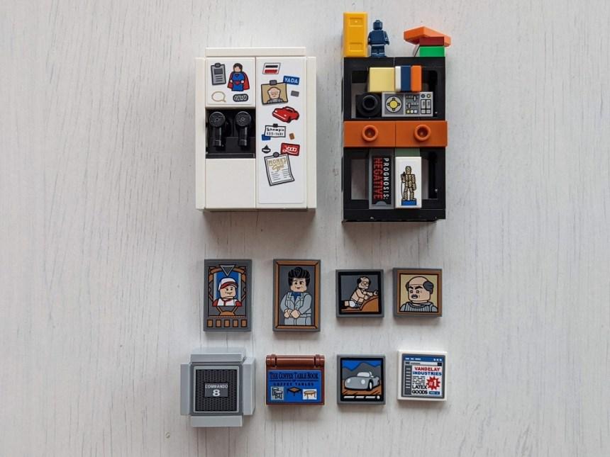 LEGO® Ideas Seinfeld (21328) Easter Eggs.
