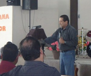 The association president introduced the well-traveled evangelist who was from Peru.