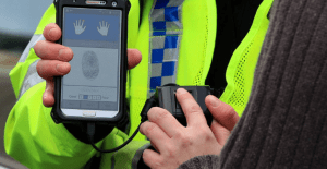 Police: 'Your Papers Please' - Wide Scale Use of Fingerprint Scanners in Operation