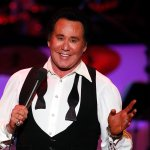 Singer Wayne Newton to Kaepernick, Other Anthem Protesters: 'Get the Hell Out!'