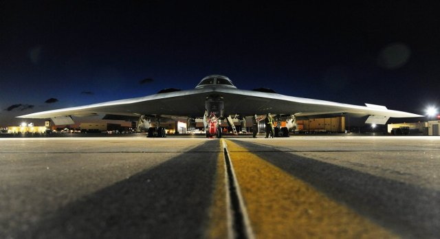 a-b-2-spirit-bomber-sits-on-the-flightline-prior-to-takeoff-at-whiteman-air-force-base