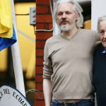 Julian Assange says he'll turn himself in if Obama pardons Chelsea Manning
