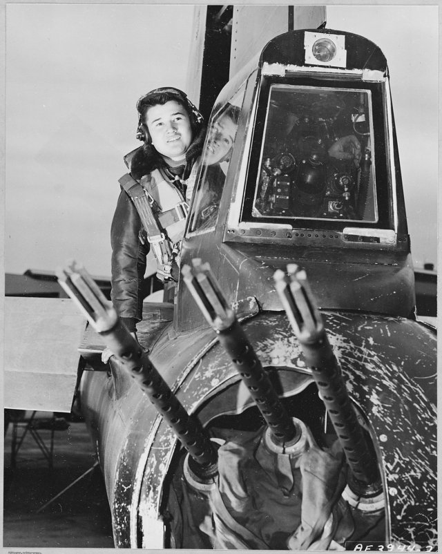 in-addition-to-bombs-the-b-29-was-armed-with-12-remotely-controlled-50-caliber-browning-machine-guns-and-a-20-millimeter-cannon-at-the-tail-gun