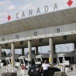 Bomb threat closes key Canada border crossing