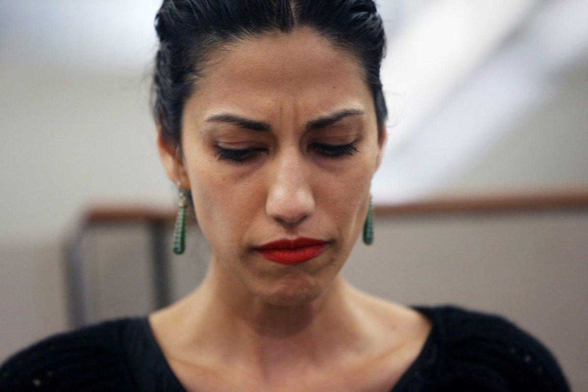 Democrat Senator calls for special prosecutor to investigate Huma Abedin