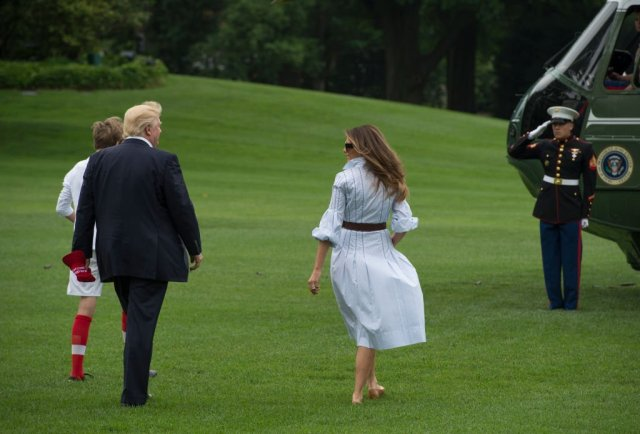 WASHINGTON, DC - JUNE 17: (AFP OUT) U.S. President Donald J. Trump walks to Marine One with first lady Melania Trump and their son Barron Trump, as they depart the White House for Camp David, June 17, 2017 in Washington, DC. (Photo by Molly Riley -Pool/Getty Images