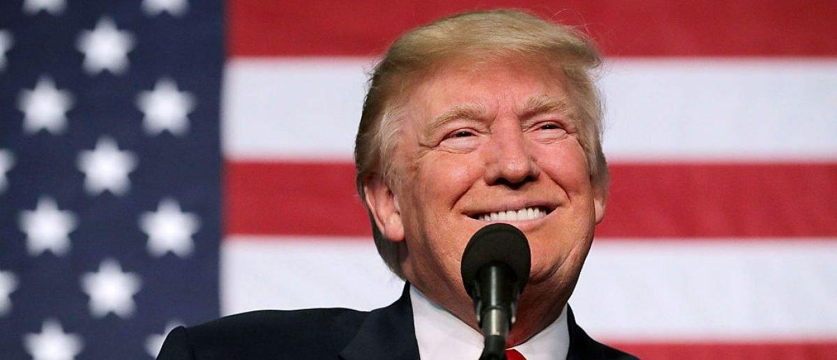 Poll: Public Trusts Trump Admin More Than Media