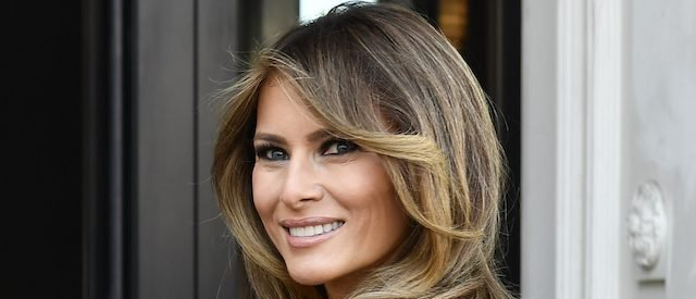 PHOTOS: Melania Stuns In White Dress At Meeting With President