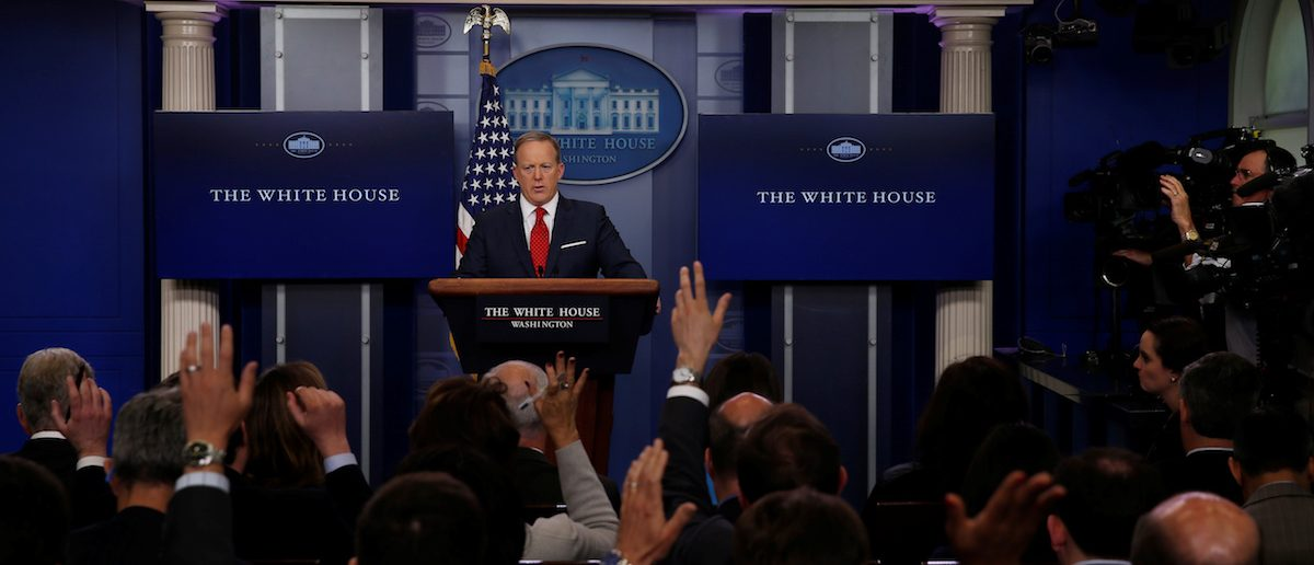 Former WH Press Secretaries Think Live Daily Briefings Should Stop