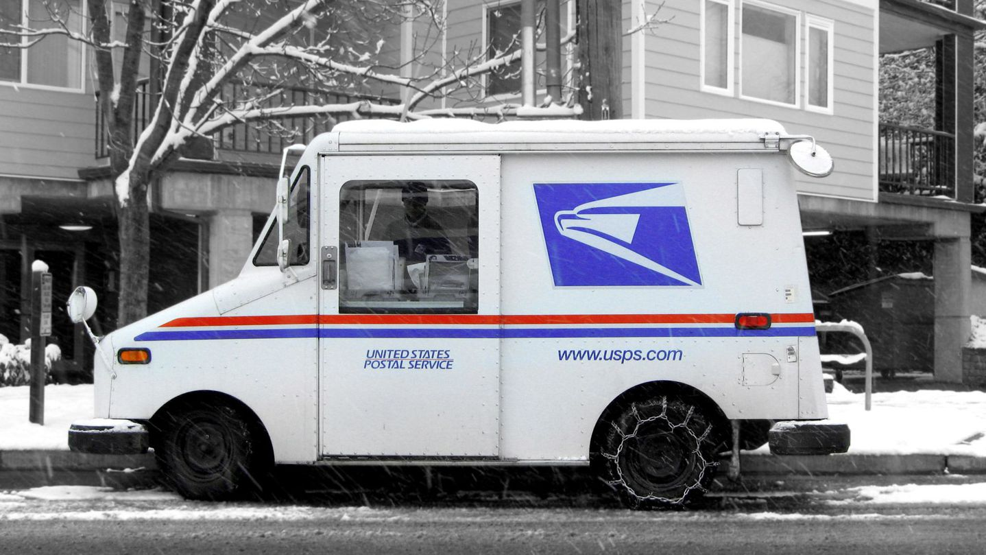 Postal Worker Arrested For Selling Crack Out of Mail Truck - Your Black World