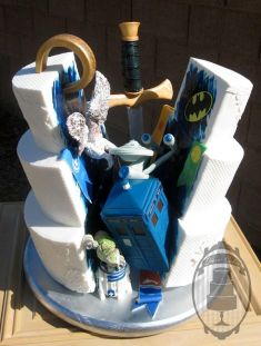 Geek chic wedding cakes Doctor Who