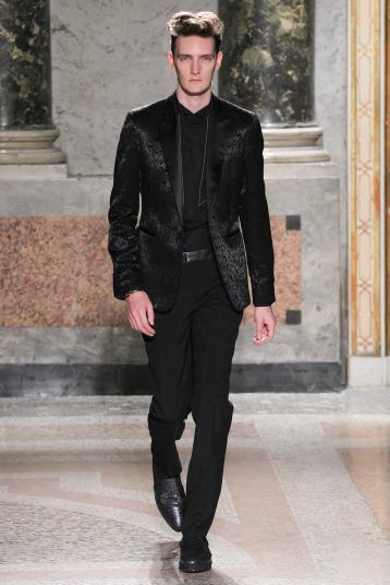 Roberto Cavalli Fall 2015 menswear groom trends pattern
