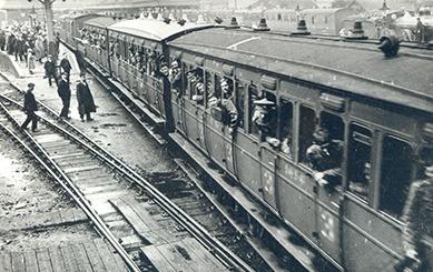 5th Battalion - Norfolk Regiment arriving King's Lynn Station 1914