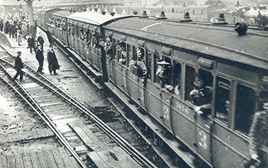 5th Battalion - Norfolk Regiment arriving King's Lynn Station 1914