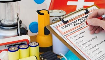Essential Auto Emergency Preparedness Guide