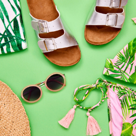 I've rounded up the best deals online for June 2019! Learn how to save money on summer style, Father's Day gifts, entertainment and more with these promo codes. #junedeals #bestofjune #onlinedeals #onlineshopping #shoppingtips #dealsandsteals #onlinedeals #promocodes #summerstyle #summerdeals