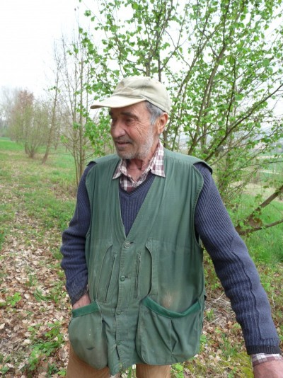 Giuliano truffle hunter