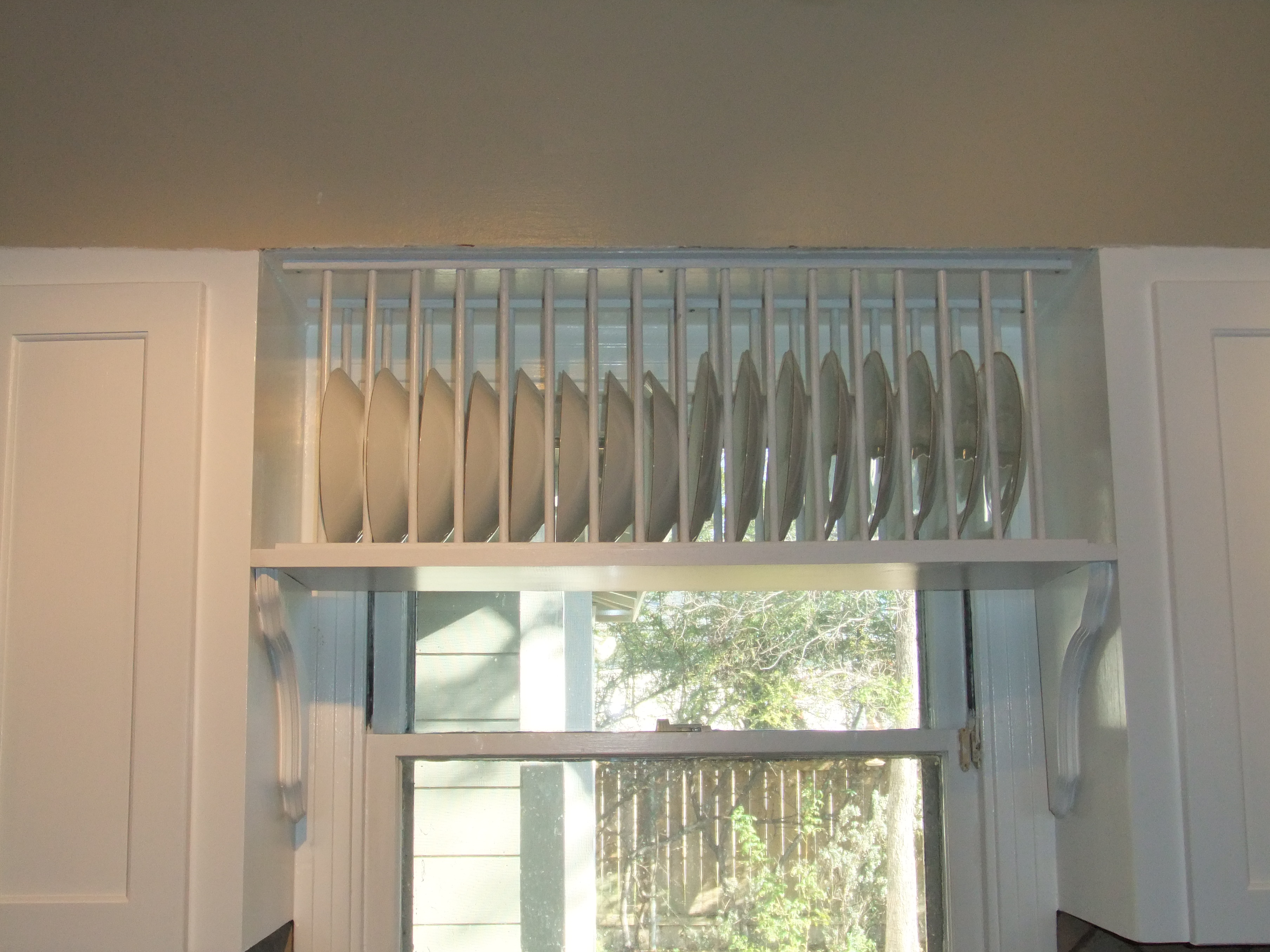 wooden kitchen plate rack cabinet buy undermount sink wood how to make a with dowels pdf plans