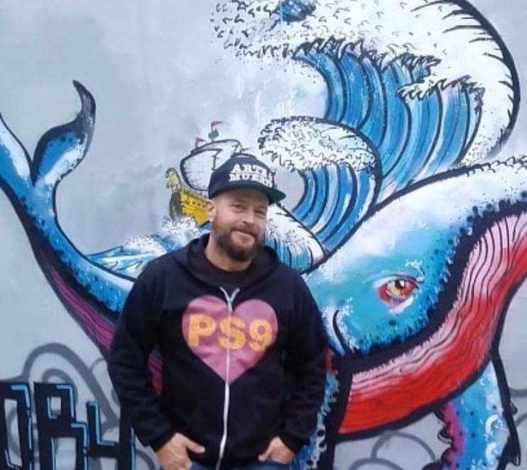 Jeff Beler, @jeffbeler, a local curator of street art
