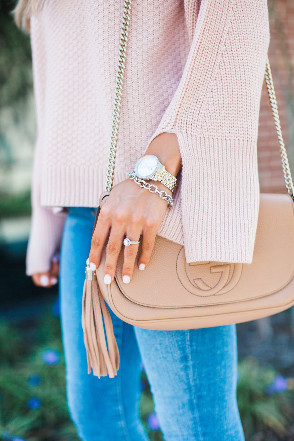 The perfect Fall Blush Sweater paired with a nude Gucci Purse!