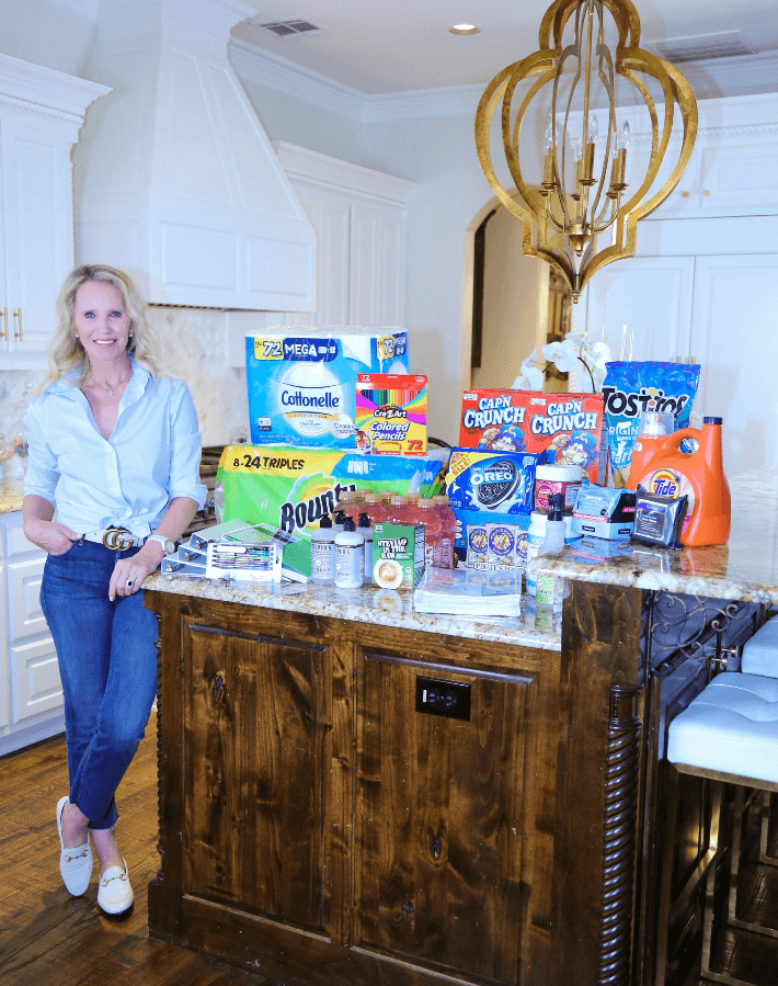 Dallas lifestyle blogger introduces Walmart next day delivery service. #walmart #momhack #lifestyleblogger