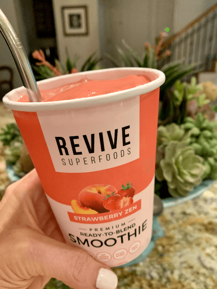 Revive Superfoods meal delivery Strawberry Zen smoothie.