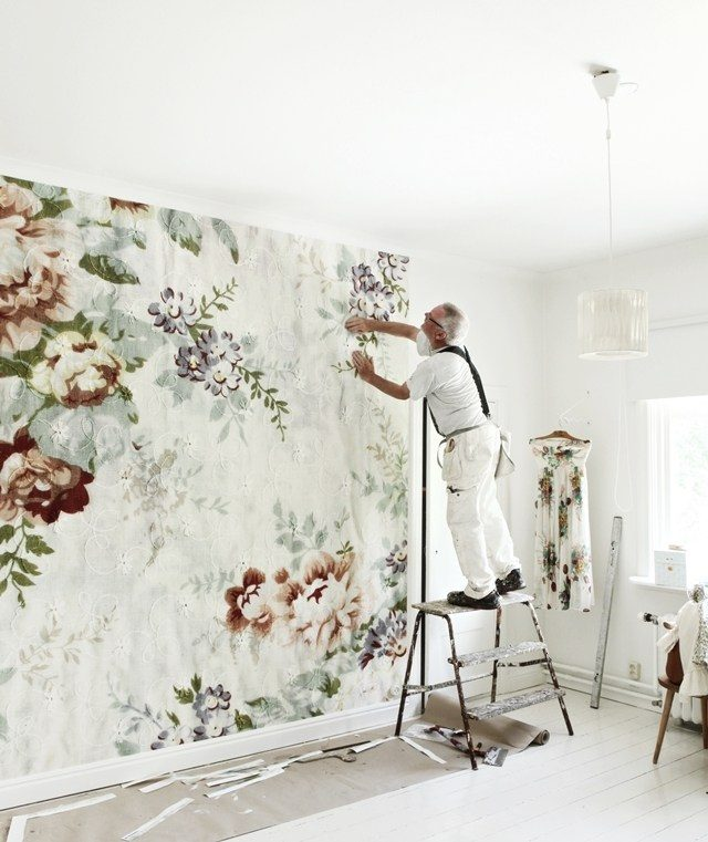 Go For Oversized Florals: Oversized Floral Print And Links To 5 Beautiful Wallpapers