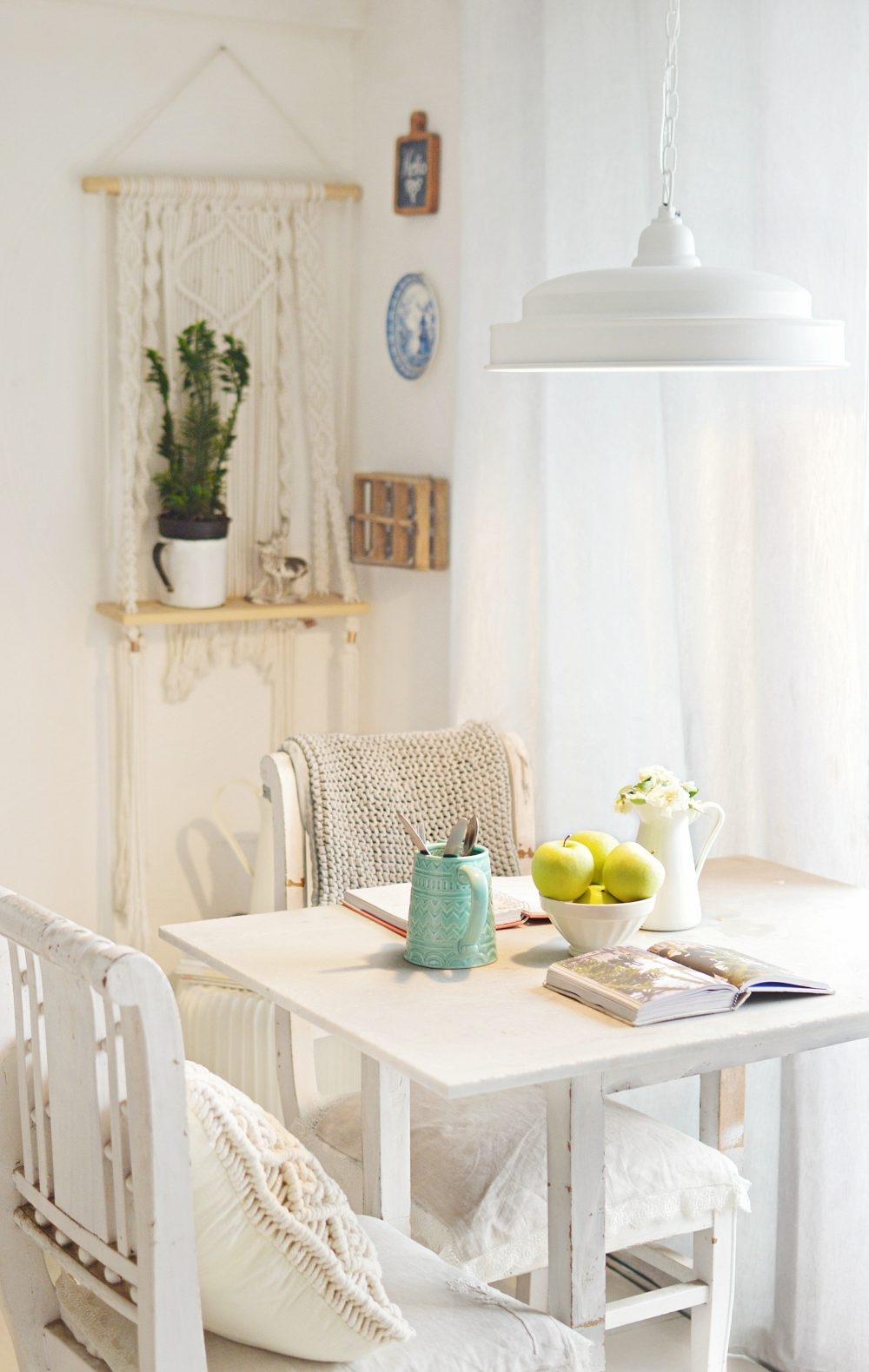Dining Room Ideas For Your Small Apartment That Are Functional And Looks Gorgeous
