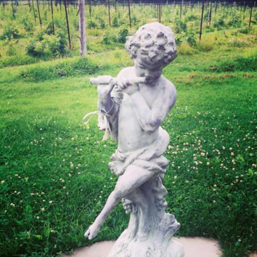 Trumeau Farm Pan statue