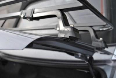 Clamp details Alfa Romeo Spider Luggage Rack
