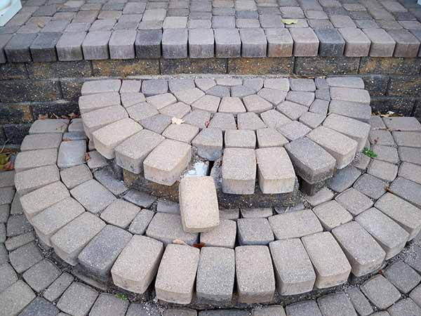 https trunorthlandscaping com 2019 01 mistakes of the trade brick paver patio and brick paver stone steps