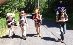 Mass walking tour walking