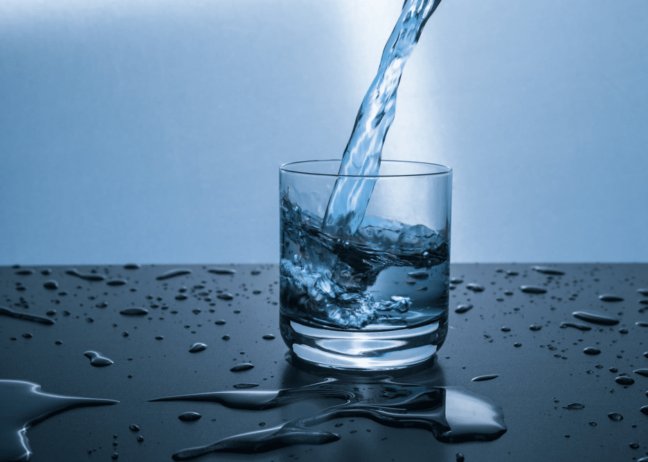 Stop Drinking Tap! Fluoride & Other Contaminants Commonly Lurking In Tap Water 1