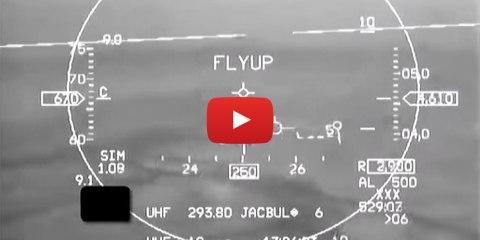 f16 pilote automatique sauve vie video