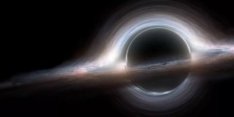 trou noir supermassif