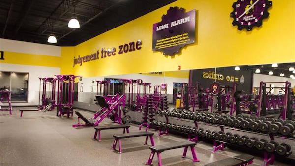 Planet Fitness Vs La Fitness Hundreds Of Gym Reviews Analyzed Trusty Spotter