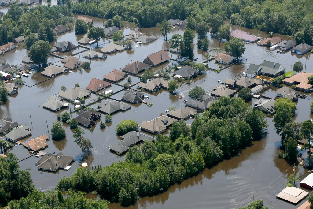 As the Floodwaters Rose, So Did Some Retailers' Prices