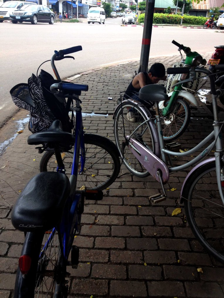 laos-vientiane-bicicleta-bicycle