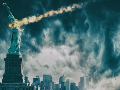 Statue of Liberty destroyed by meteor