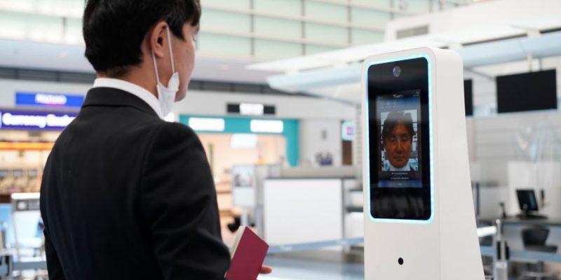 """Der Flughafen Tokio-Haneda führt das biometrische System """"Face Express"""" ein"""