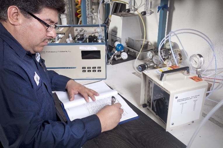 Cemtek technician working